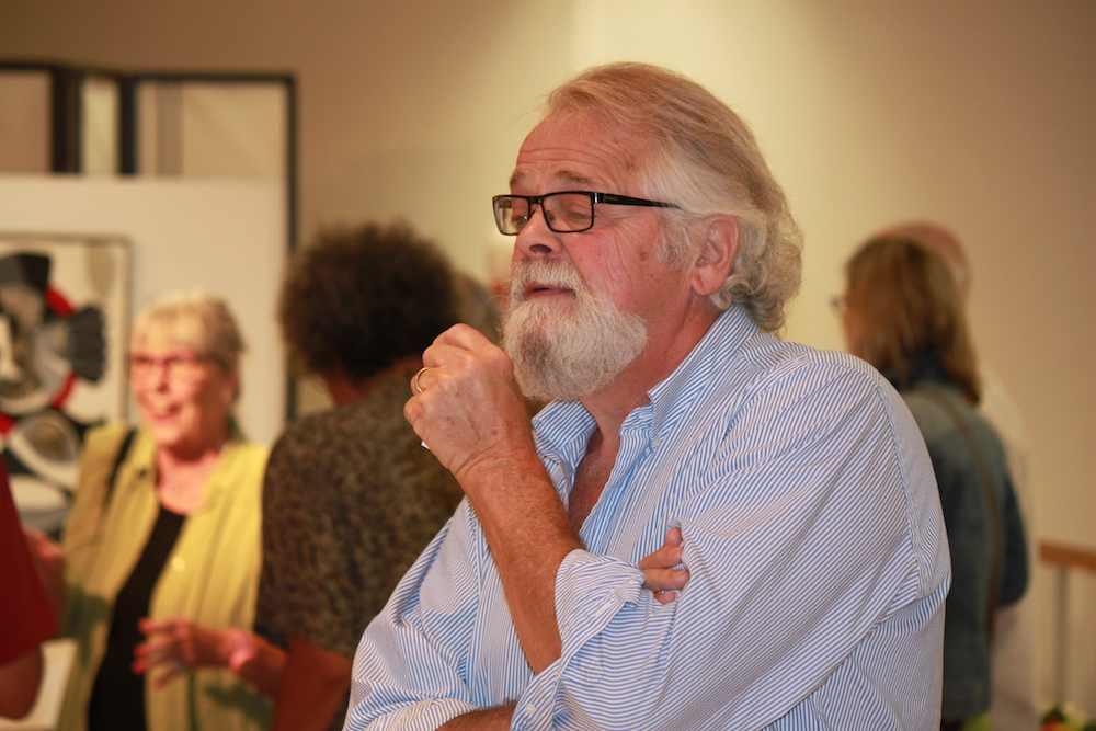 David Boorne reading a sestude