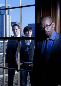 Programme Name: Line Of Duty - TX: n/a - Episode: n/a (No. 1) - Embargoed for publication until: n/a - Picture Shows: L - R DS Steve Arnott (MARTIN COMPSTON), Detective Constable Kate Fleming (VICKY McCLURE), DCI Tony Gates (LENNIE JAMES) - (C) BBC/World Productions - Photographer: Ed Miller